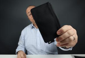 Aer Cardholder wallet review