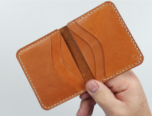 One Star Leather 6 pocket horizontal wallet review